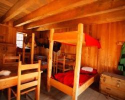 Cabin_lg.250w.tn
